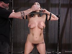 Big Tit Squirter BDSM